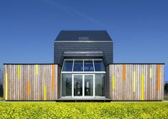 Gallery of CO2 Saver House / Peter Kuczia - 1
