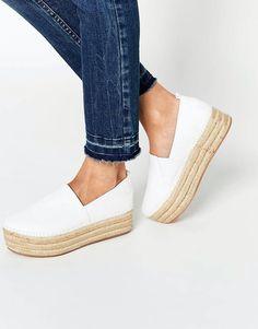 Shop Warehouse Espadrille Flatform at ASOS. Pretty Shoes, Cute Shoes, Me Too Shoes, Sock Shoes, Shoe Boots, Shoes Sandals, Espadrilles, Crazy Shoes, Swagg