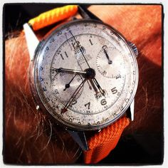 Angelus vintage chronograph with tripple date!