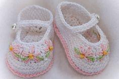 Cheryl's Crochet Grace Booties PDF by cherylscrochet Crochet Bebe, Crochet For Kids, Hand Crochet, Crochet Baby Booties, Crochet Slippers, Easy Crochet Patterns, Baby Patterns, Mercerized Cotton Yarn, Baby Boots