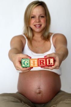 Love this idea :)  Maybe someday I can use it... Maternity Photography