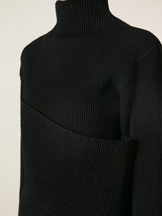 J.W. ANDERSON - Smocked Banded sweater 10