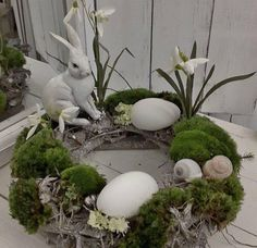 Beautiful Easter table wreath little swedenhaus easter decor white shabby chic bunny - Osterdeko - Ostern Shabby Chic Kranz, Shabby Chic Wreath, Easter Projects, Easter Crafts, Easter Decor, Easter Wreaths, Christmas Wreaths, Estilo Shabby Chic, Deco Floral