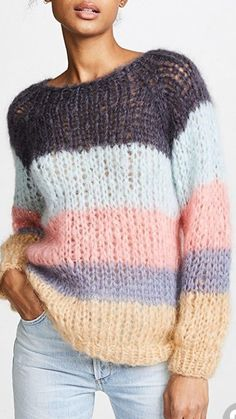 New Knitting Patterns Pullover Simple Ideas Knitting Stitches, Knitting Patterns Free, Knit Patterns, Hand Knitting, Diy Crochet Sweater, Poncho Pullover, Pull Crochet, Knit Fashion, Knitwear