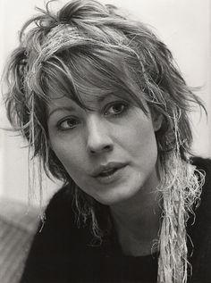 Linda Kozlowski in 1987