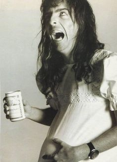 Alice Cooper pregnant for an ad. Rock Revolution, Rock And Roll Fantasy, Alice Cooper, Photo Black, The Villain, Freddie Mercury, No One Loves Me, Hard Rock, Rock Bands