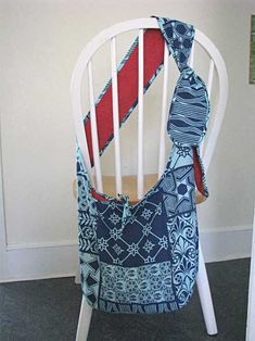 Free Bag Pattern and Tutorial - Slouch Bag