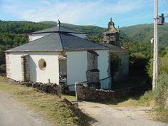 Iglesia parroquial de Santa María La Real de Cesuris en Manzaneda - Terra de Trives - Ourense