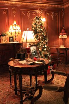 A Titanic Christmas, Titanic Museum Attraction Pigeon Forge, Tennessee
