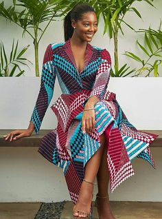 There are many ways to style long kitenge dresses in the form of cocktail dress, mermaid dress, long flowy gowns and much more. Here are the latest and most beautiful designs and patterns to incorporate into your long kitenge dresses African Dresses For Women, African Print Dresses, African Attire, African Wear, African Fashion Dresses, African Women, Ghanaian Fashion, African Prints, Fashion Outfits