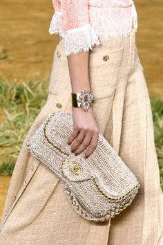Chanel Spring 2010 Ready-to-Wear Collection - Vogue Crochet Clutch, Crochet Handbags, Crochet Purses, Crochet Bags, Love Crochet, Beautiful Crochet, Knit Crochet, Chanel Clutch, Chanel Spring
