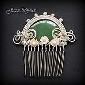 Handmade decorations.  Fair of Masters - Handmade Comb with jade, mother-of-pearl and pearls.  Handmade.