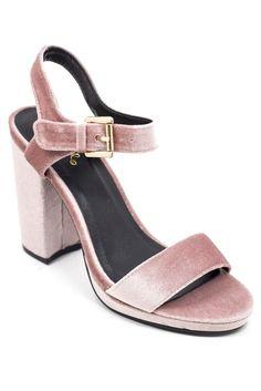 Get it, girl! You look so fine in those heels.
