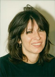 Who Is Your Father, Chrissie Hynde, The Pretenders, Vintage Photos, Girl Group, Musicians, Im Not Perfect, Beautiful Women, Celebrity