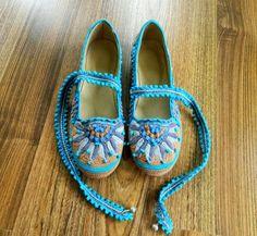 Сказочные черевички.   Irish crochet &