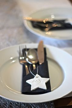 This is for christmas, but you can do this with any shape to make DIY placecards for your wedding that double as take-home favors... and you just use oven bake or air drying clay!