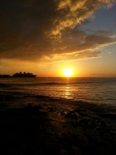Cozumel Sunset with cruise ship in background