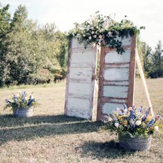 Rustic Ceremony Backdrop // Holly Cromer Photography // Arrington Flowers