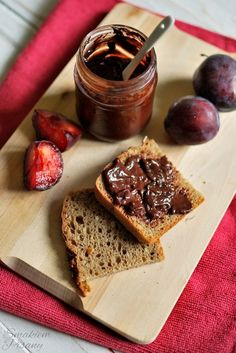 Plum jam with dark chocolate - perfect combination by Smakiempisany. Reminds us home and childhood! Plum Jam, Preserves, Healthy Life, French Toast, Cooking Recipes, Treats, Chocolate, Breakfast, Food