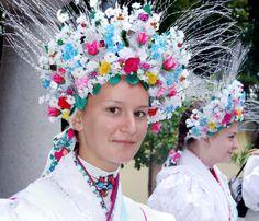 Magyar lány a szent anna napi palóc búcsúban, palóc népviseletben - Hungarian girl in the St. Anne's farewell day in palóc folk costume
