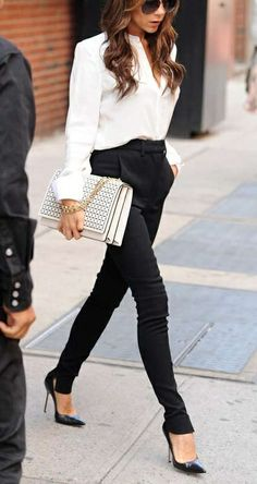 Simple white and black business attire for the fashion forward business woman, edgy/sharp Work Attire Outfits for Women Fashion Mode, Work Fashion, Street Fashion, Womens Fashion, Fashion 2015, Office Fashion, Fashion Clothes, Fashion News, Latest Fashion