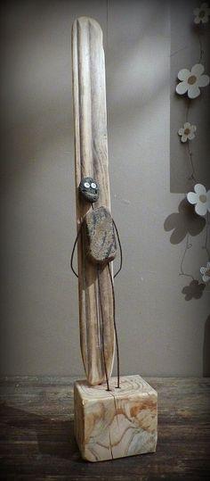 Sculpture 40 drops in driftwood garden decoration sculpture made of natural wood rheinkiesel a design. Rock Sculpture, Driftwood Sculpture, Driftwood Art, Deco Surf, Surf Decor, Driftwood Projects, Funky Art, Surf Art, Wood Creations