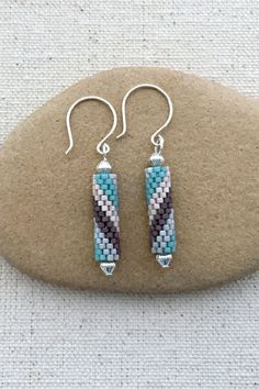 Peyote Spiral Tube earring tutorial and pattern.