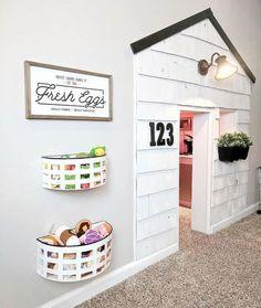 Unusual Kids Playroom Design Ideas 24 - Home Decor Ideas 2020 Modern Playroom, Playroom Design, Kids Wall Decor, Room Decor, Under Stairs Playhouse, Indoor Playhouse, Closet Playhouse, Basement Bedrooms, Basement Bathroom