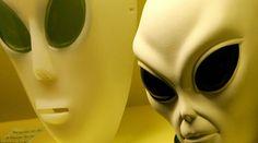 Guerra no espaço e o conhecimento do Vaticano sobre a presença extraterrestre revelados nos e-mails Podesta | Anonymous Portugal Internacional