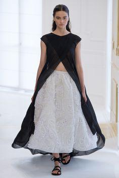 Christian Dior Fall 2016 Couture Fashion Show - Rachel Finninger (OUI)