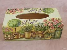 paper napkins on box of handkerchiefs Decoupage Glass, Napkin Decoupage, Decoupage Box, Decoupage Vintage, Tissue Box Covers, Tissue Boxes, Tole Painting, Painting On Wood, Hobbies And Crafts