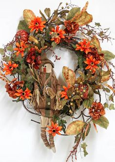 Friendly Scarecrow Maggie, Fall Wreath!