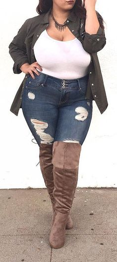 Plus Sized Outfits For Women // #plus #size #outfits #curves #curvy #ad #fashion //