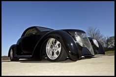 1937 Ford Coupe Hot Rod 346/400 HP, Automatic.