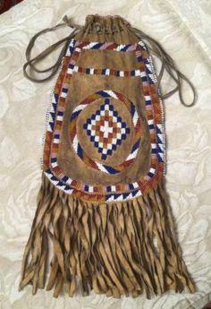 Vintage Native American Indian Beaded Deerskin Medicine Bag (Apache?)With Fringe