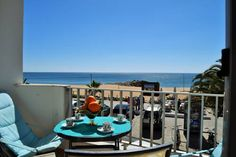 Sea Blue By Enjoy Portugal Quarteira Located in Quarteira, this apartment features a terrace. The unit is 4 km from Aquashow Water Park. Free WiFi is provided throughout the property and free private parking is available on site.
