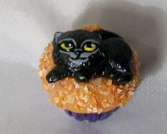 BLACK CAT CUPCAKE DECORATION Mini candy treat Birthday Halloween Gothic Sprinkle