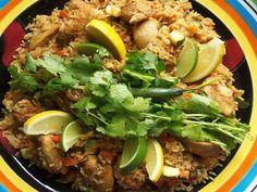Mexican Arroz con Pollo - Mexican Rice Chicken Recipe | QueRicaVida.com