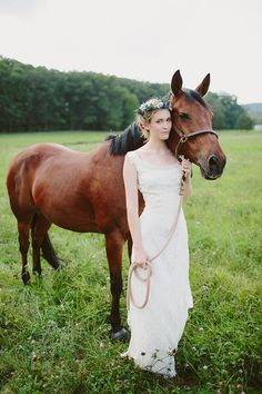 bride with a horse | With Love & Embers Photography | Bridal Musings