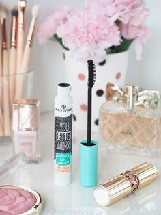 Photo Makeup, Love Makeup, Makeup Kit, Flatlay Makeup, Flatlay Styling, Volume Curls, Essence Makeup, Curling Mascara, Beauty Care Routine
