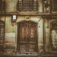 Misterios encerrados. #zaragozadestino http://instagram.com/unaimensuro