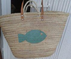 Capazo de playa personalizado con un pez