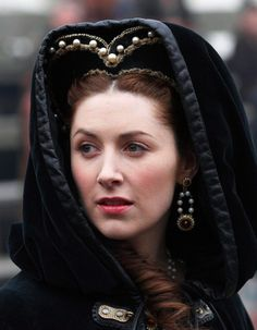Beautiful hooded cape from the TV series, The Tudors.
