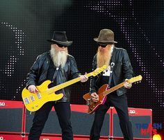 Google Image Result for http://www.thrashhits.com/wp-content/gallery/zz-top-download-festival-14-june-2009/zz-top_0897.jpg