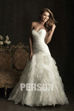 Sweetheart Organza Wedding Dress