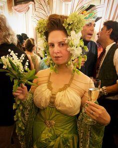 Art Nouveau Disney, Event Photos, Bouquet, Sari, Inspiration, Instagram, Design, Fashion, Saree