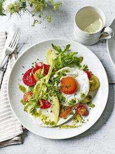 Madeleine Shaw's Breakfast Salad | Nutrition Stripped
