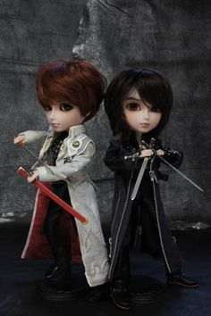""" Garo"" Pullips. very limited release (500 each)"