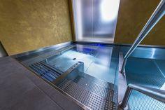 Luxury stainlesssteel swimmingpool Imaginox with built-in hottube Spa, Bathtub, Stainless Steel, Luxury, Building, Design, Swiming Pool, Luxury Pools, Standing Bath