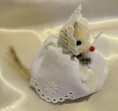 Vintage 1960s Little Mouse Factory Mouse in White Dress & Crochet Bonnet, NWT